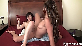 Lesbians Livia and Jazmin Rubbing Their Cunts